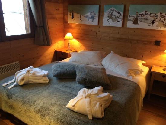 Hotel Chalet Alpage: Nice bed