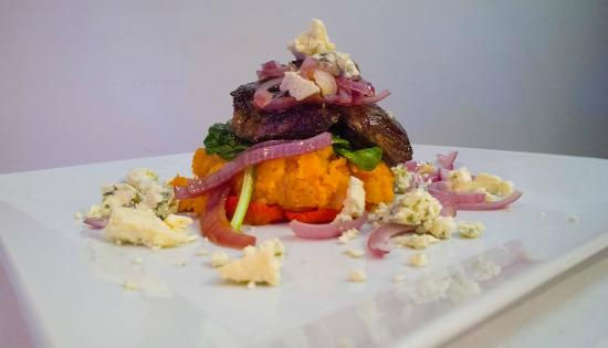 Amigos Restaurant and Roof Terrace: Amigo's Most Popular - Fillet Steak Tower..
