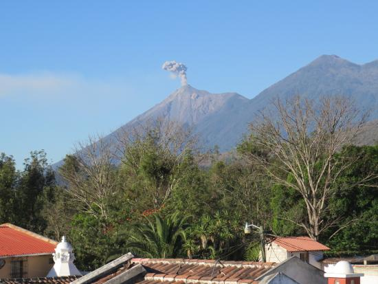 La Villa Serena: view from rooftop in one direction
