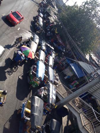 Khlong Toei Market : Mööööp