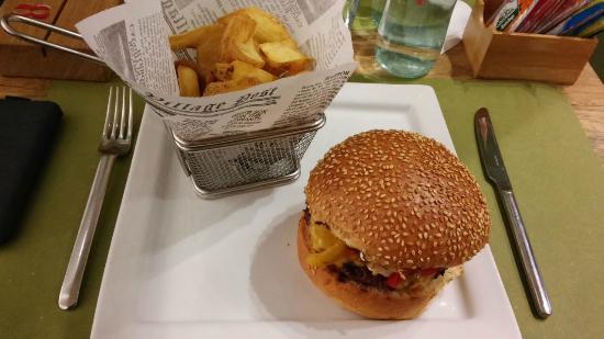 Goss Grill Restaurant