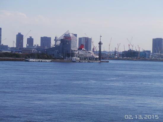 Odaiba: View towards Tokyo Metropolitan