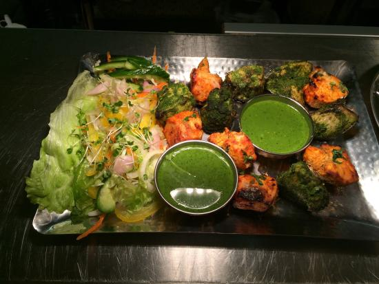 Stockport, UK: Delhi platter.