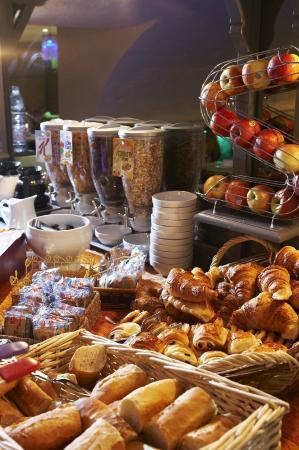Hotel de France Invalides : Petit-déjeuner buffet
