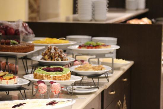 Millennium Taiba Hotel: Restaurant