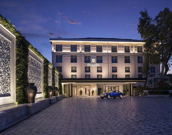 Hotel Façade with Rolls Royce