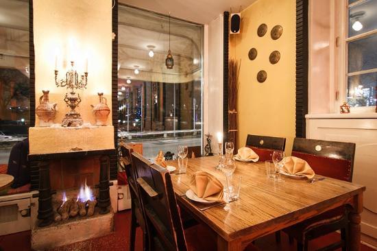 Cafe Corniche