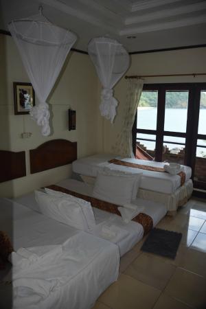 Bamboo Bay Resort: Værelse med opredning til 5