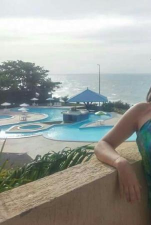 Rio Poty Hotel Sao Luis: Piscina linda com o mar ao fundo!