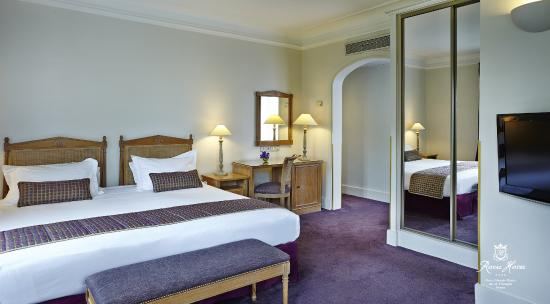 Royal hotel paris champs elysees chambre