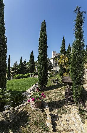 B&B Residenza i Tre Portali: view of garden