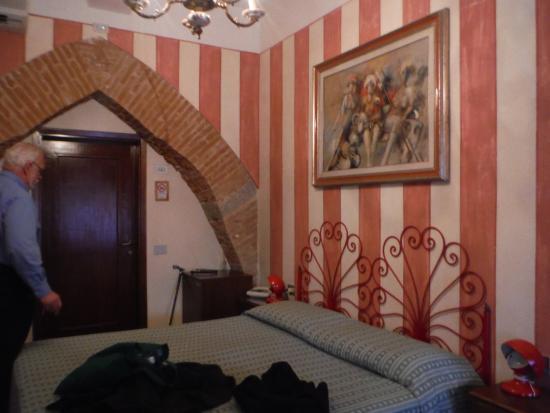 Hotel Albion : The Miriam Makeba Room