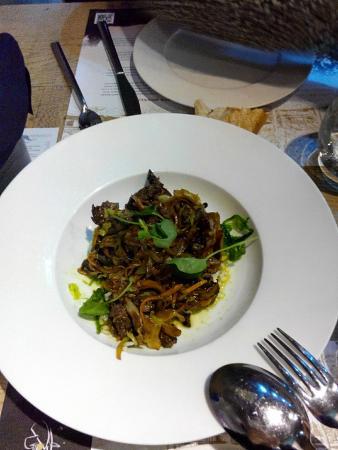 De Santa Rosalia: wok de verduras y wagyu
