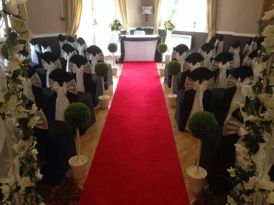 The Dartmoor Lodge: our ceremony room