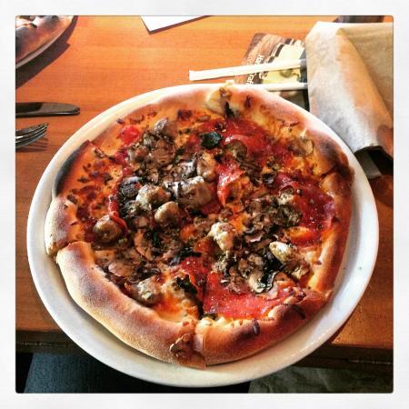 California Pizza Kitchen Mirage Reviews