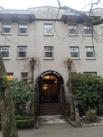 Buchan Hotel Facade