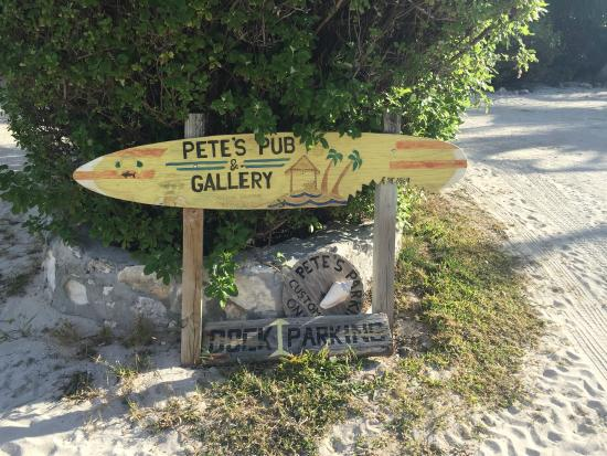 Pete's Pub & Gallery : Pete's Pub