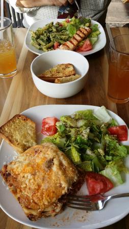 Sergio's Caffe: Grilled salmon, lasagna, garlic ciabatta, yum!