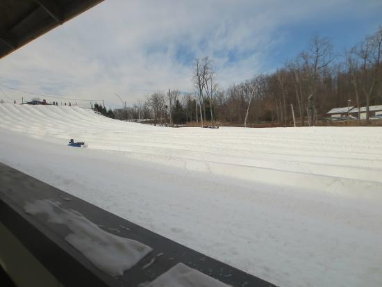 Roundtop Mountain Resort: View from the magic carpet