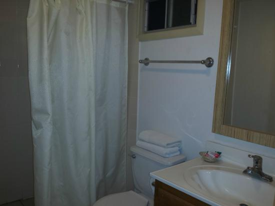 Hotel Calafia: Bathroom