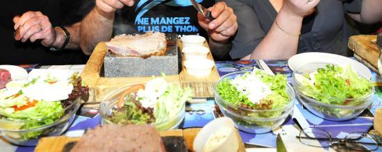 Restaurant Les Gourmands  Rue Pierre Le Grand