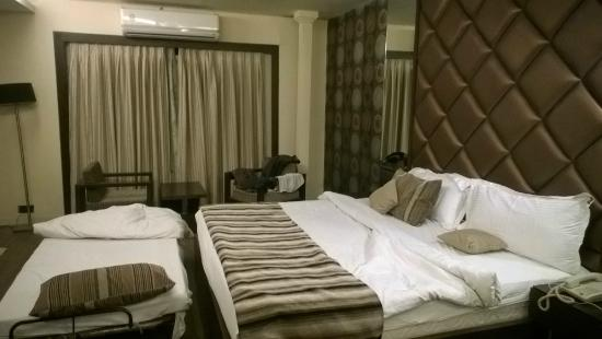 The Silver Leaf Hotel: Room