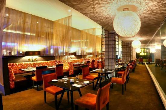 Riande Aeropuerto: La Veranda Restaurant
