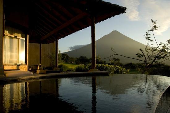 La Reunion Golf Resort & Residences: Piscinas Suites
