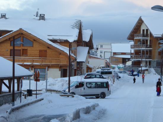 Montgenevre Ski Resort: from apartment