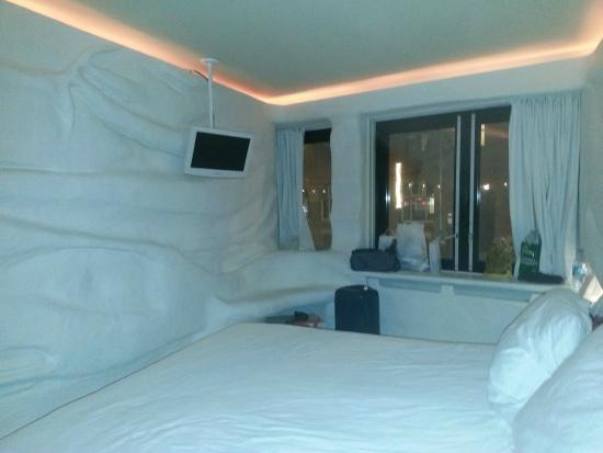 Stanza igloo foto di hotel the exchange amsterdam for Hotel vicino piazza dam amsterdam