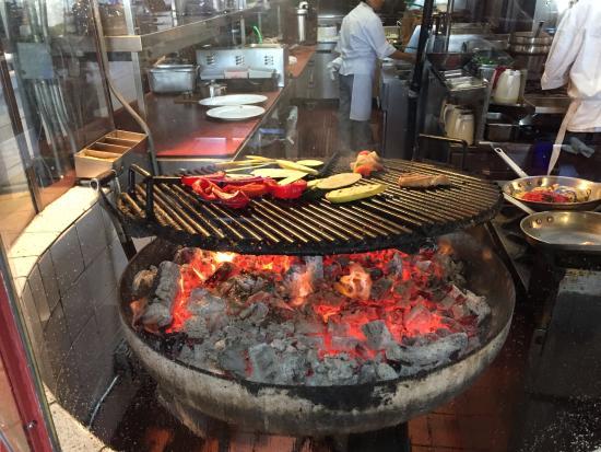 Fish grill picture of enterprise fish co santa for Enterprise fish co santa barbara
