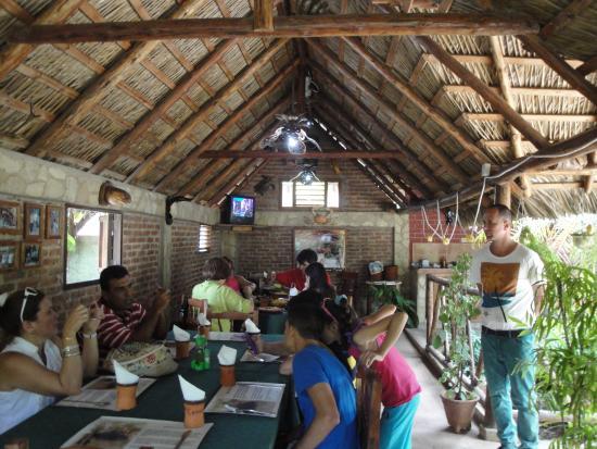 La cueva restaurant picture of la cueva restaurante for Restaurante la cueva zamora