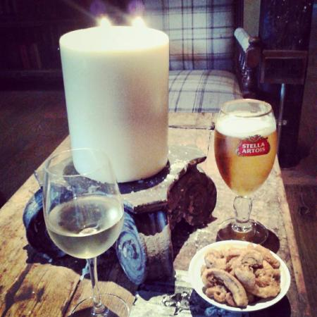 The Porch House: drinks in the cosy snug