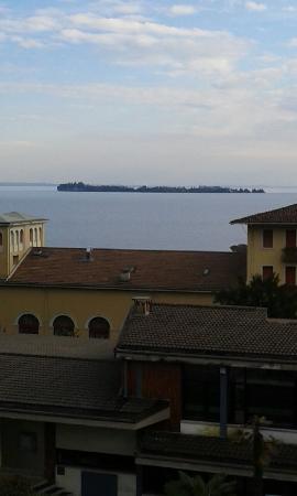 Atelier Hotel: Vista lago