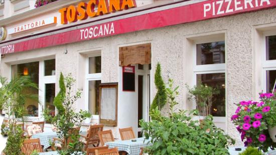 Trattoria Toscana: Die Außenterrasse...
