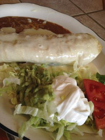 Habaneros 3 Mexican Restaurant : Luncheon Veggie Chimichanga - Delicious!