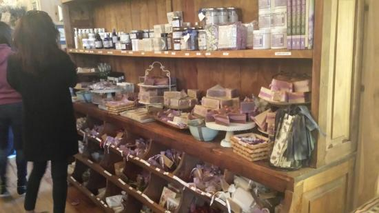 Becker Vineyards : Lavender specialty products
