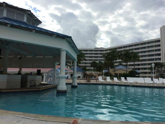 Main Pool And Bar Picture Of Melia Nassau Beach All