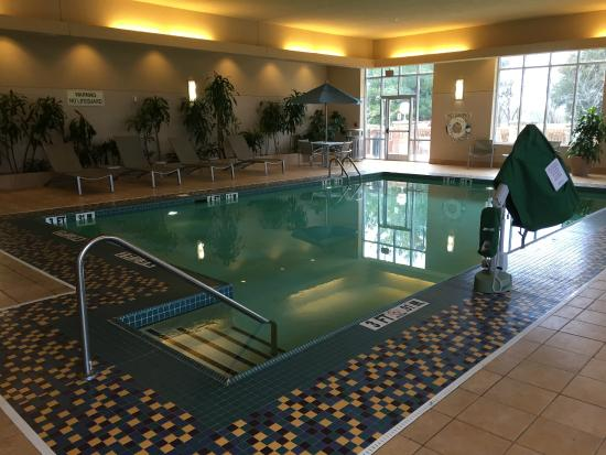 Pool picture of embassy suites by hilton nashville south cool springs franklin tripadvisor - Cool rooms with pools ...