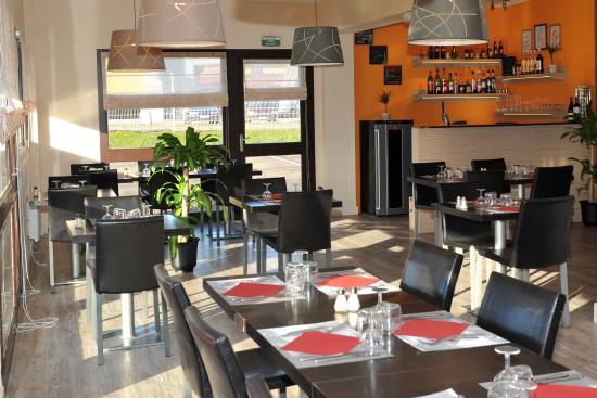 Comfort Hotel Metz  Woippy  France    Voir Les Tarifs  86