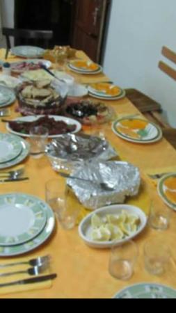 A Casa Mia: La tavola  preparata x noi