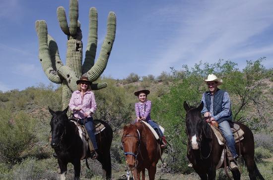Flying E Ranch : Family ride