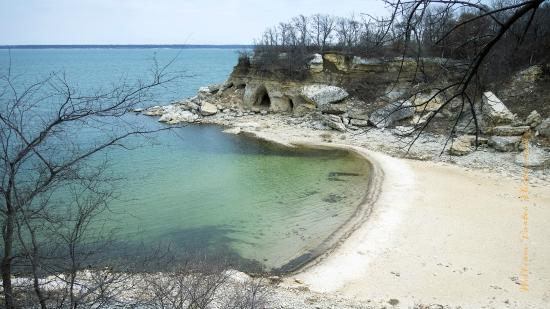 Eisenhower State Park: View of the swimming beach (deserted in mid-February, of course) from overlooking campsite.