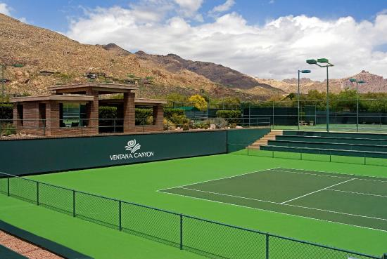 Lodge at Ventana Canyon: Tennis Court