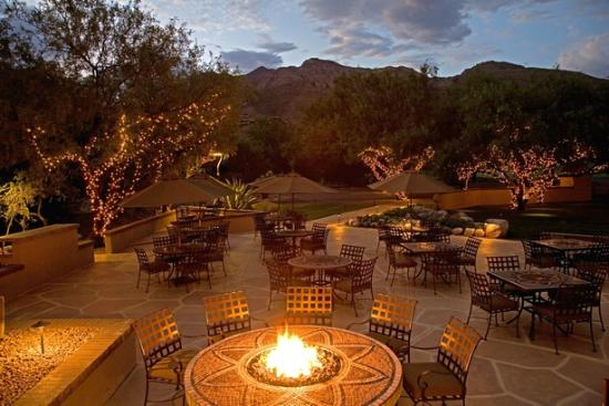 Lodge at Ventana Canyon: Sabino Patio