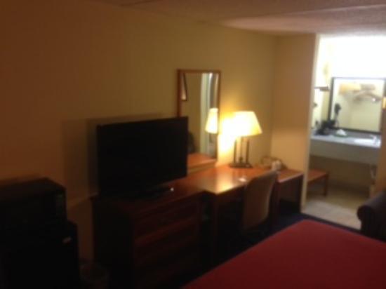 Rodeway Inn Charlotte \ Downtown: room