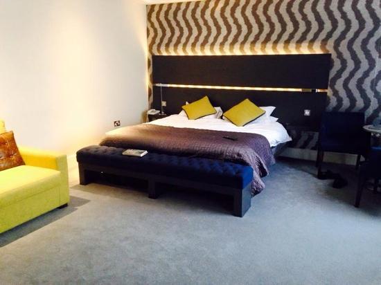Midleton Park Hotel: our suite