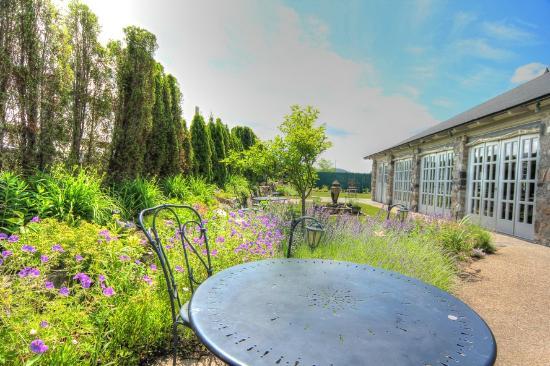 Castle Farms : Lot's of special garden spots