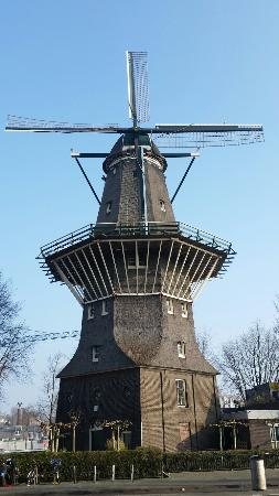 ‪De Gooyer Windmill‬