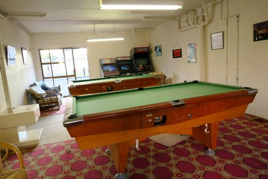Boulevard Motel: The classic 'games room'